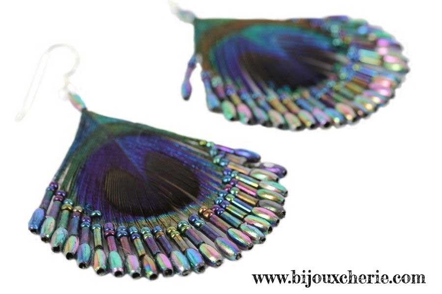 fabriquer-boucles-oreilles-en-plumes